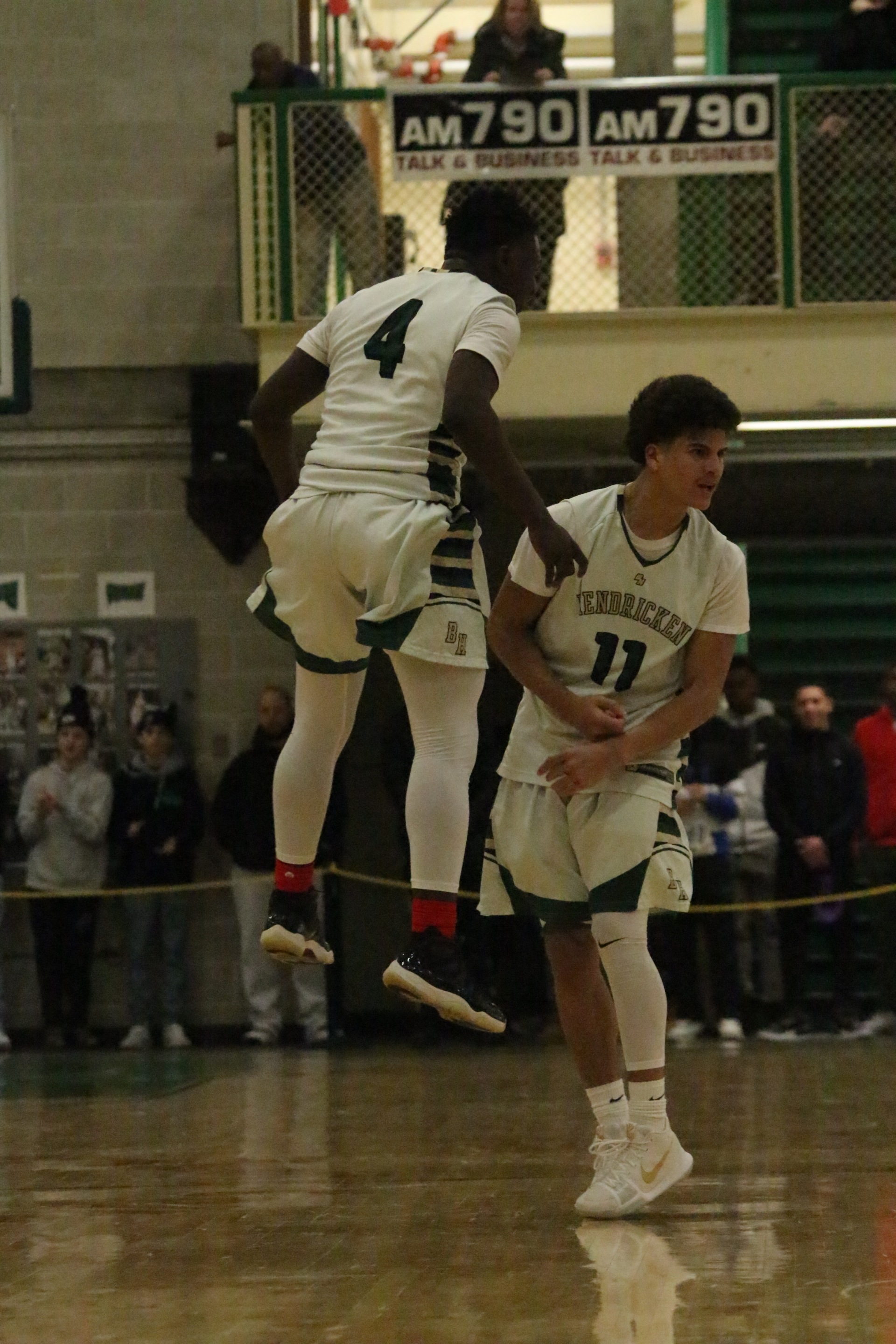Mt. Pleasant High School vs. Bishop Hendricken High School - Cranston, Rhode Island - Men's Basketball 2018